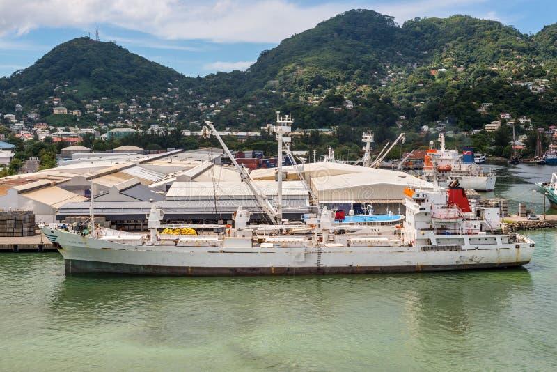 收帆水手船口岸维多利亚, Mahe港口的普拉特收帆水手我 图库摄影