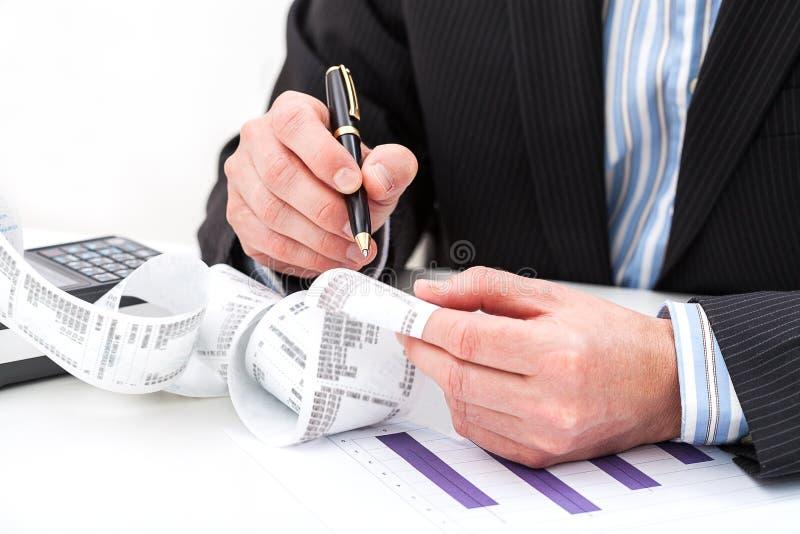 收据分析 免版税库存照片