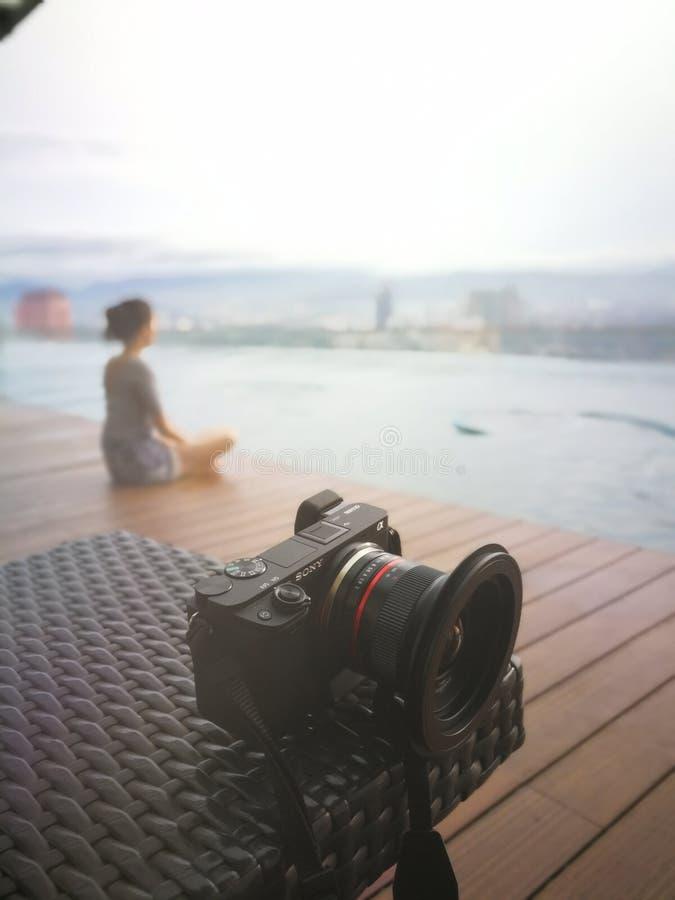 放松在第40级的游泳池 库存图片