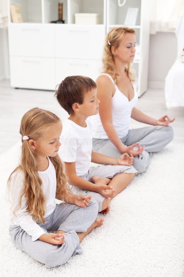放松概念系列健康家庭的寿命 免版税库存照片