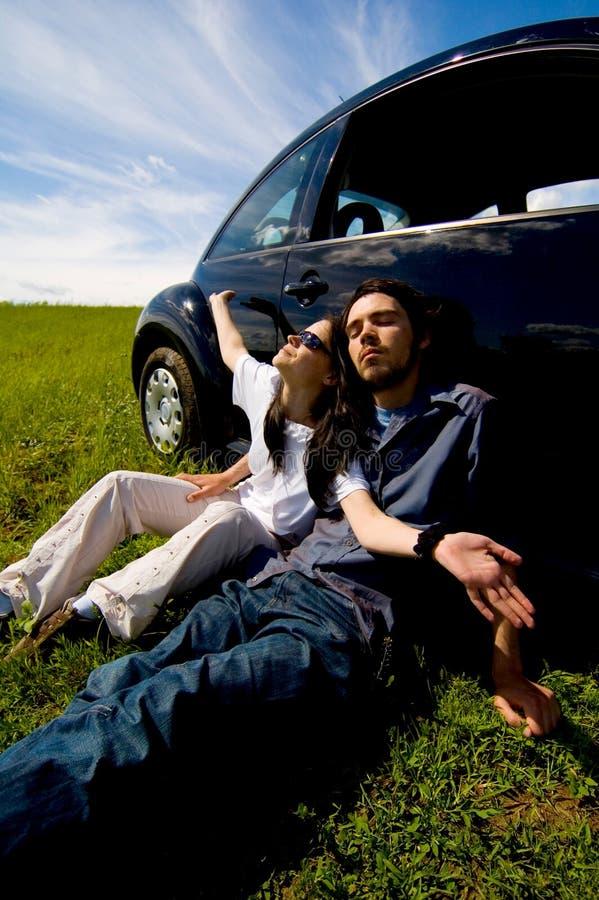 放松的夫妇 免版税库存图片