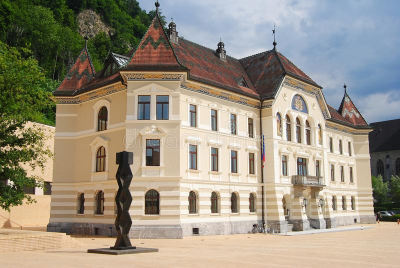 政府大厦在瓦杜兹 免版税库存照片