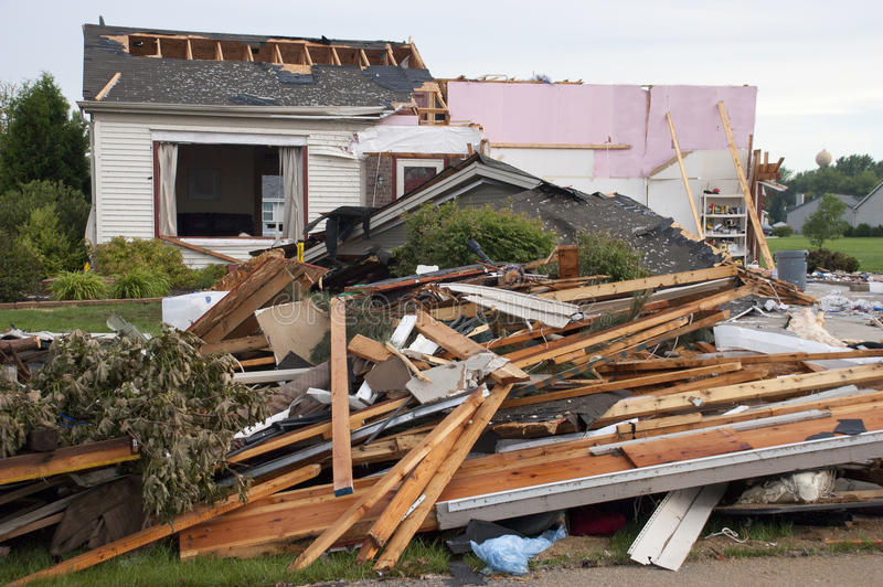 故障被毁坏的家庭房子风暴龙卷风风 图库摄影