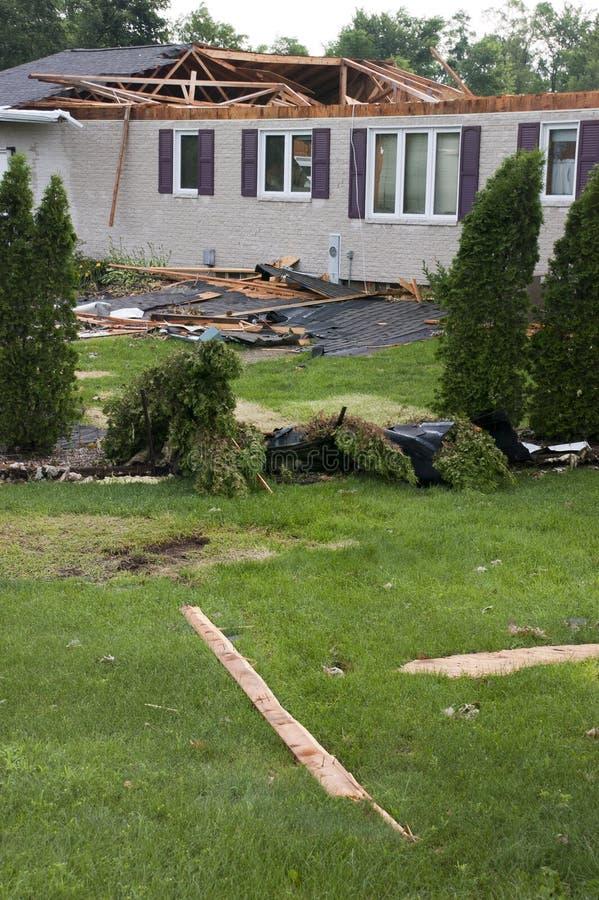 故障被毁坏的家庭房子风暴龙卷风风 免版税图库摄影