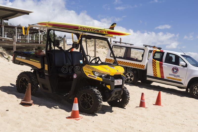救生员当班在海滩 免版税库存图片