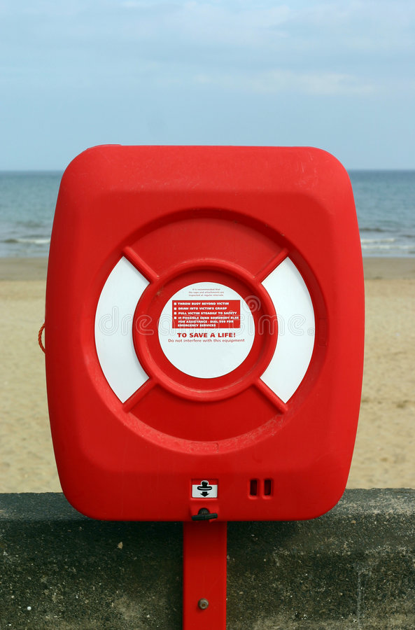 Download 救生带 库存照片. 图片 包括有 安全性, 恢复, 红色, 向船外, 节假日, 抢救, 海运, 淹没, 救生带 - 182084