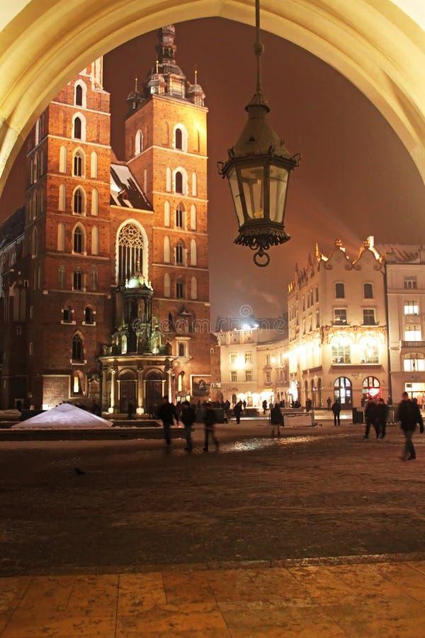 教会克拉科夫mariacki晚上波兰射击 库存照片