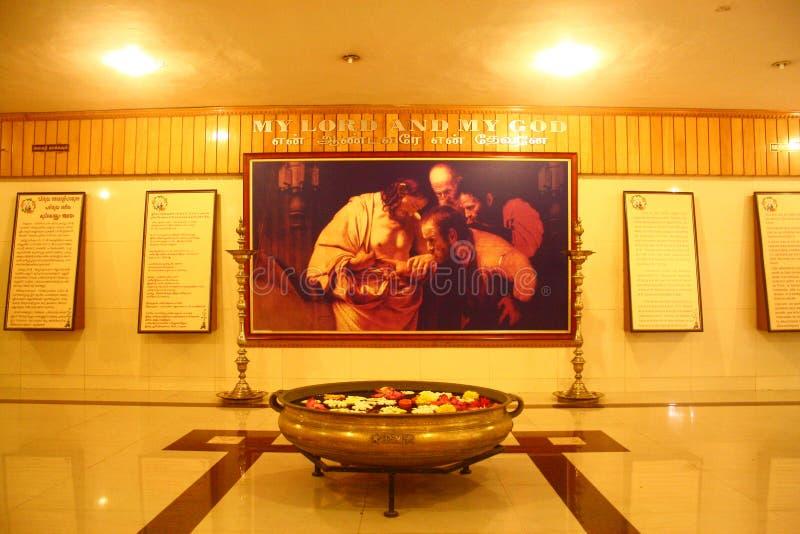教会内部圣徒santhome托马斯坟茔 库存图片