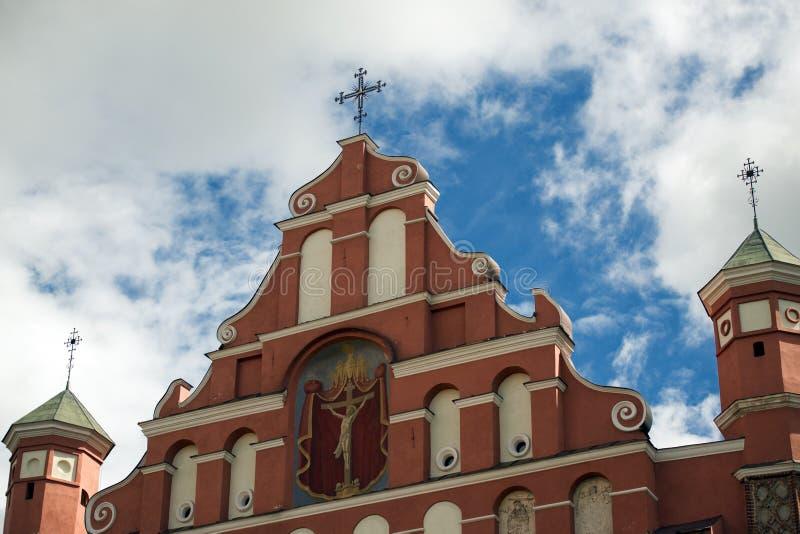 教会前面 免版税库存图片