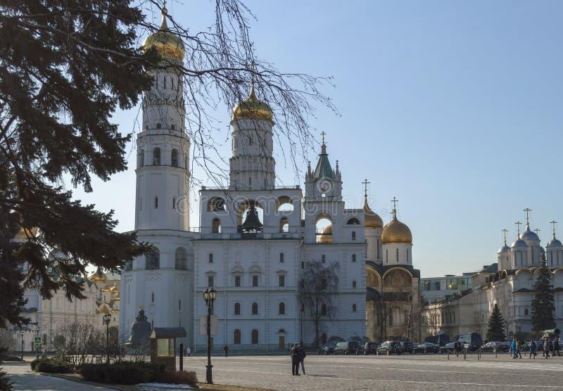 教会和大教堂在克里姆林宫里面 免版税库存照片