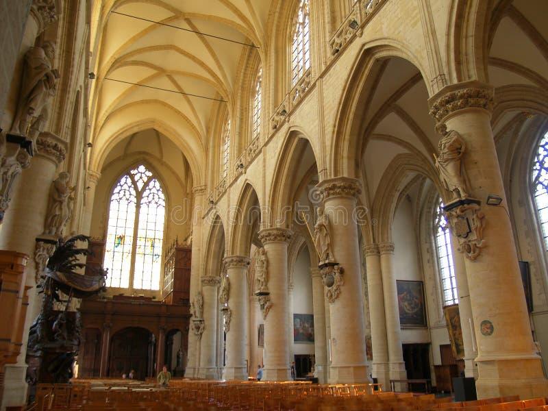 教会哥特式内部 免版税图库摄影