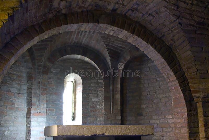 教会土窖 库存照片