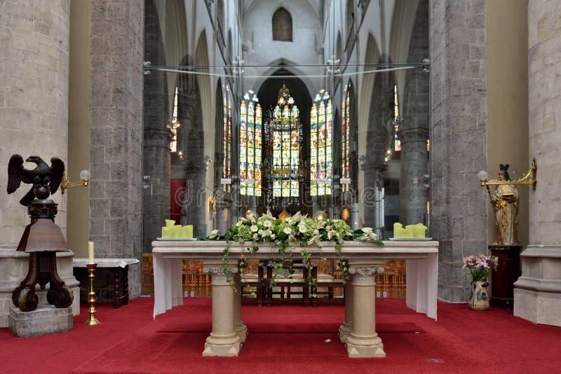 教会圣徒Walburga内部  库存照片