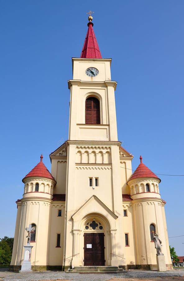 教会在村庄Orechov,捷克,欧洲 免版税图库摄影