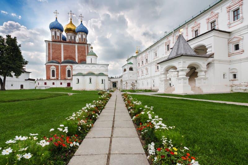 教会在梁赞,俄罗斯克里姆林宫  免版税库存照片