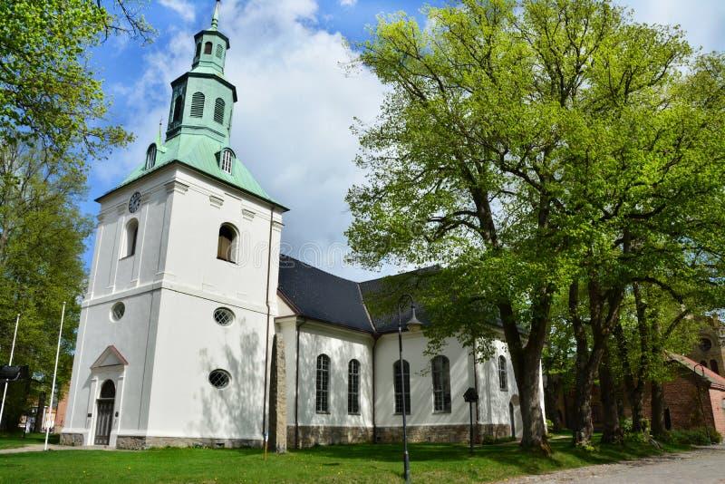 教会在老镇Gamlebyen腓特烈斯塔,挪威 库存照片