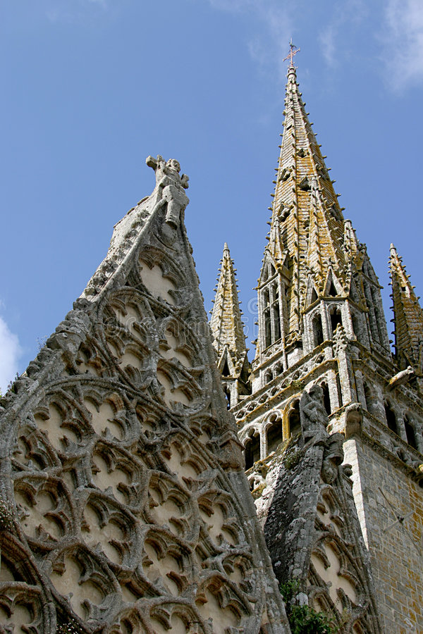 教会大学de贵妇人哥特式notre罗马roscudon塔 库存照片