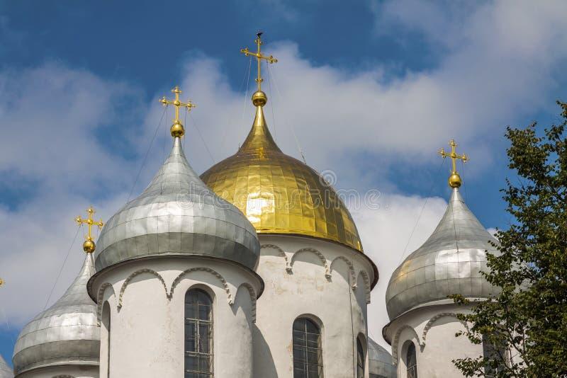 教会的圆顶天空的与云彩 库存照片