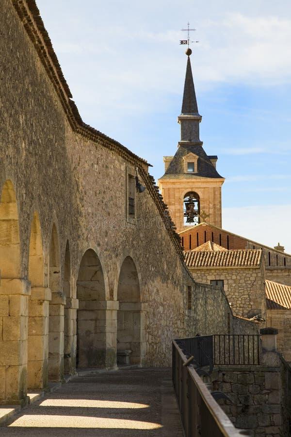教会老路径 免版税库存照片