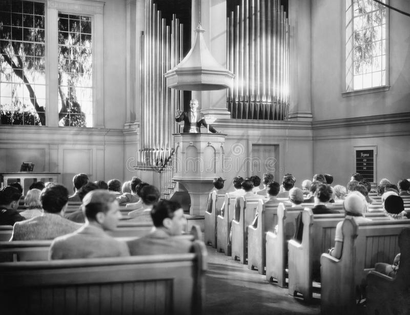 教会行人(所有人被描述不更长生存,并且庄园不存在 供应商保单将没有模型关于 图库摄影