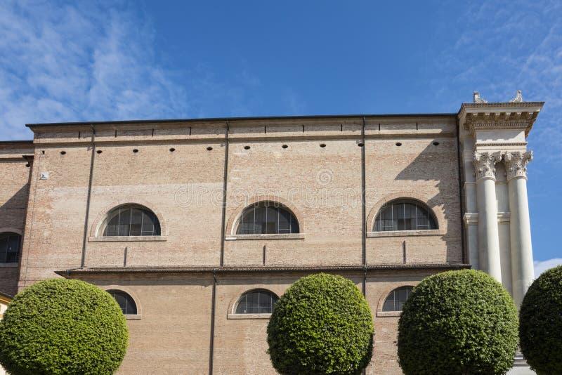 教会,中央寺院细节,在历史镇奇塔代拉,意大利 库存照片