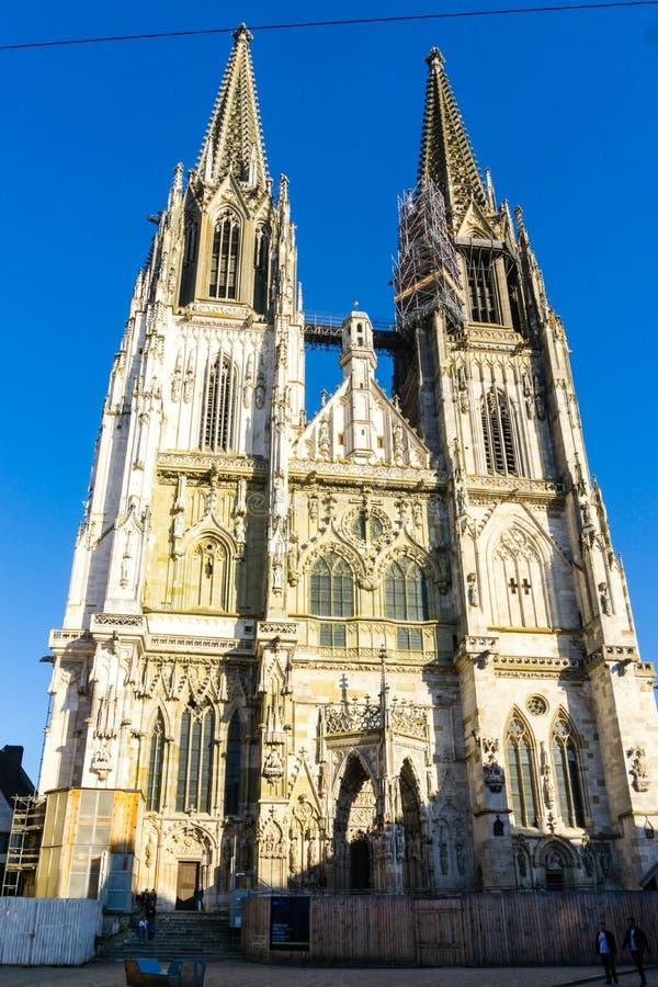 教会Dom在雷根斯堡巴伐利亚德国 图库摄影