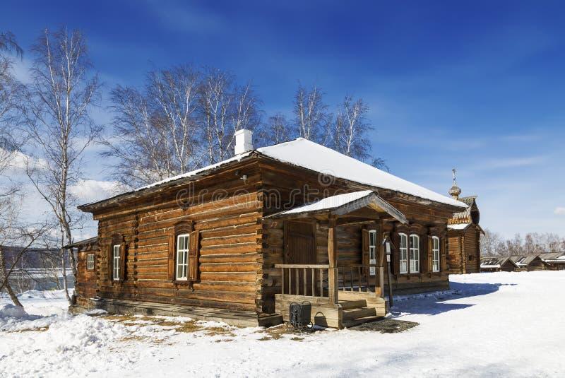 教区学校的大厦1885在伊尔库次克建筑和民族志学博物馆'Taltsy'伊尔库次克地区, 库存照片