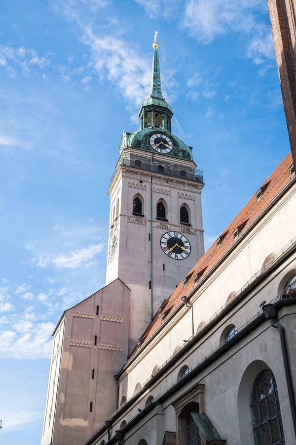 教区教堂圣皮特圣徒・彼得,一慕尼黑的最著名的地标 库存照片