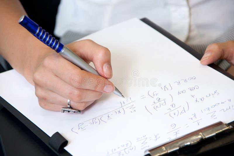 Download 教室学员 库存图片. 图片 包括有 犰狳, 图画, 教室, 代数, 解释, 成人, 陈列, 物理, 编号 - 15692835