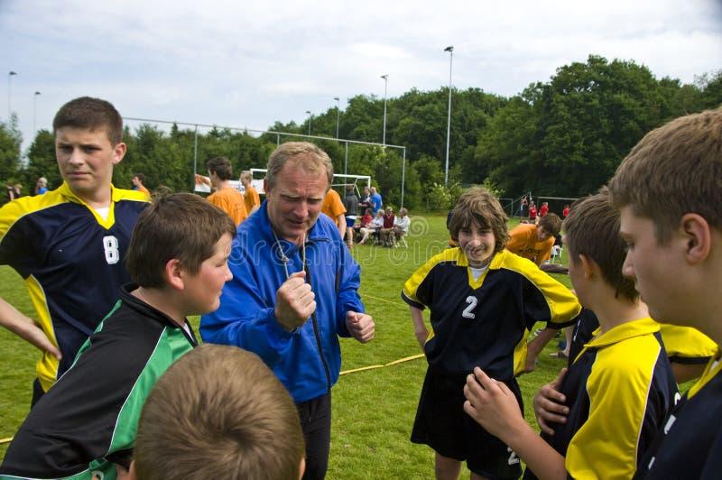 Download 教练小组 编辑类库存图片. 图片 包括有 欧洲, 小组, 青年时期, 室外, 刺激, 球员, 波兰, 荷兰 - 5263509