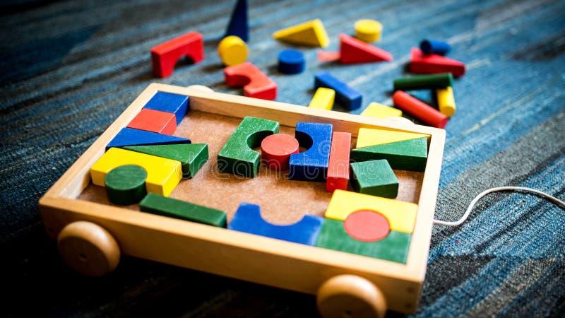 教诲和教育目的木玩具在戏剧领域 库存图片