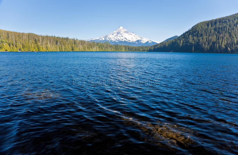 敞篷湖丢失的挂接 库存照片