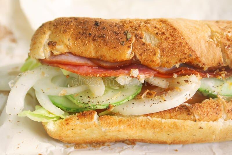 敬酒的热诚的意大利三明治样式潜水艇 免版税库存图片