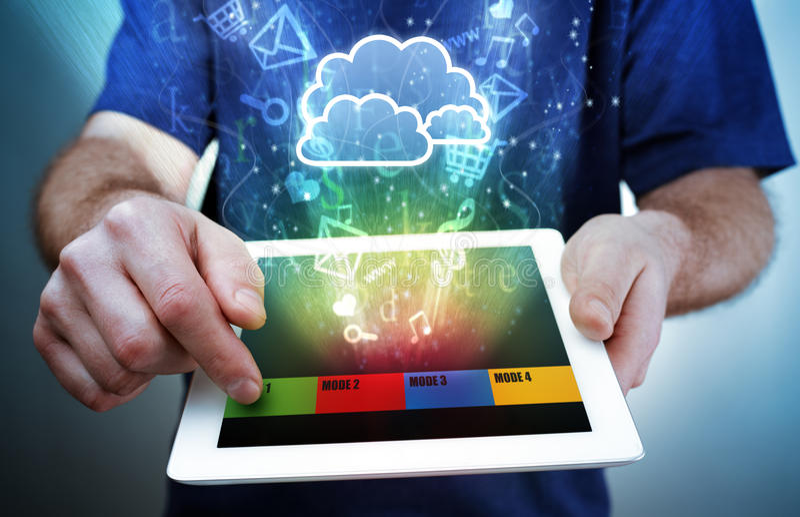 数字式片剂,多媒体和云彩计算 图库摄影