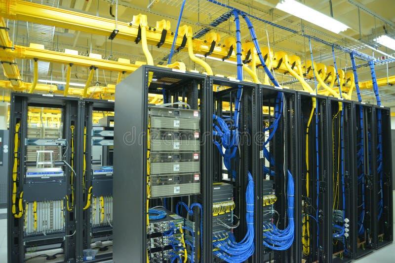 数据中心机架和堆 免版税库存图片