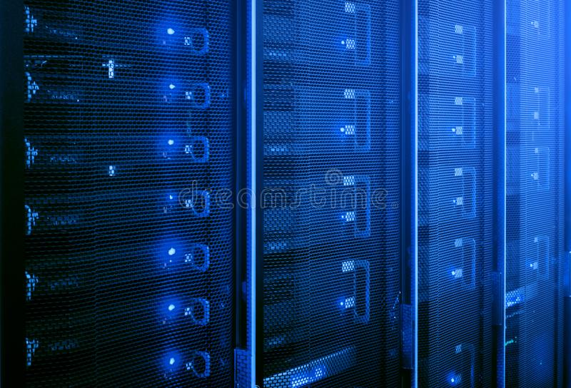 数据中心,服务器室 免版税图库摄影