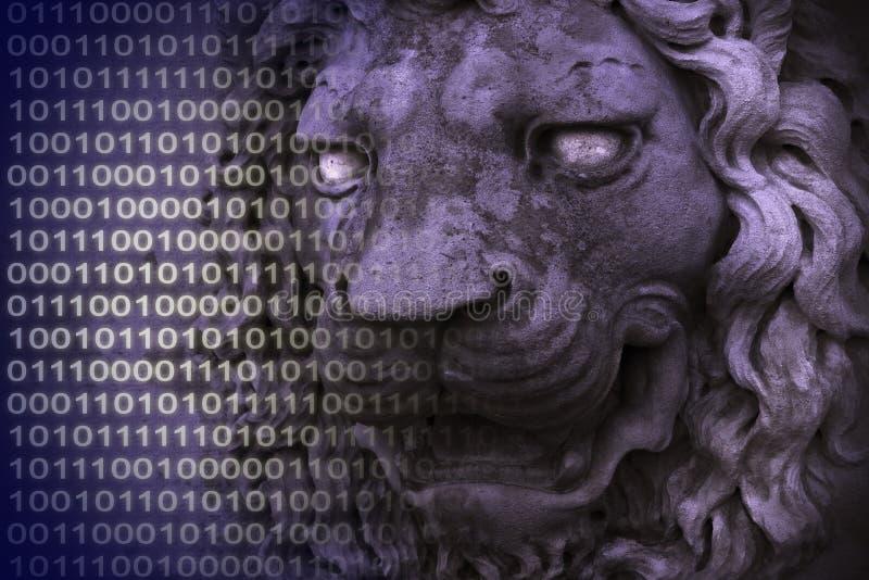 数据保护您 与中世纪狮子头和二进制编码的概念图象 免版税图库摄影