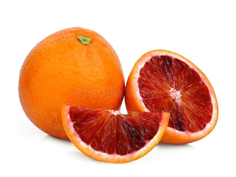 整体和切片在白色的血橙 免版税库存图片
