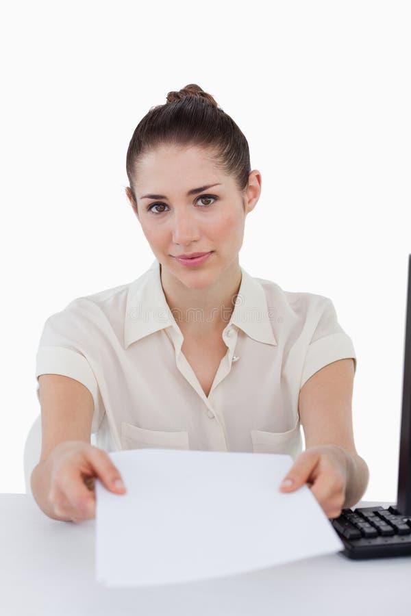 给文件的女实业家的画象 免版税库存图片