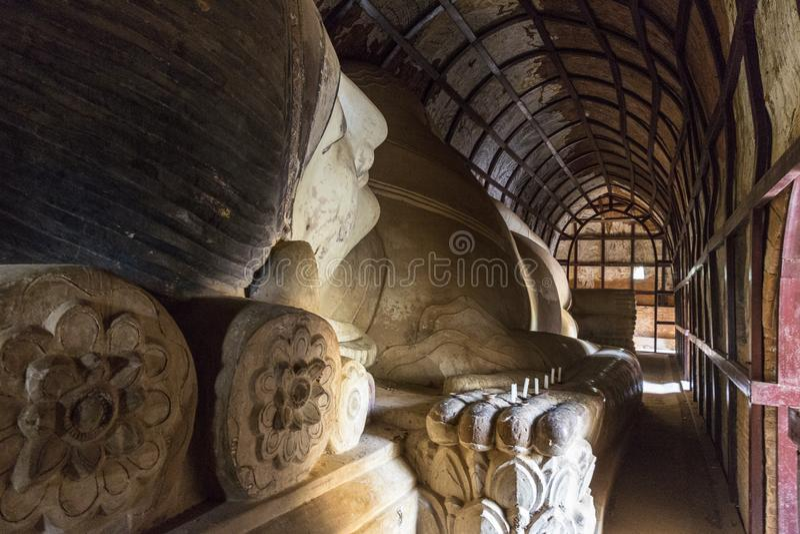 斜倚的菩萨- Bagan缅甸 免版税库存图片