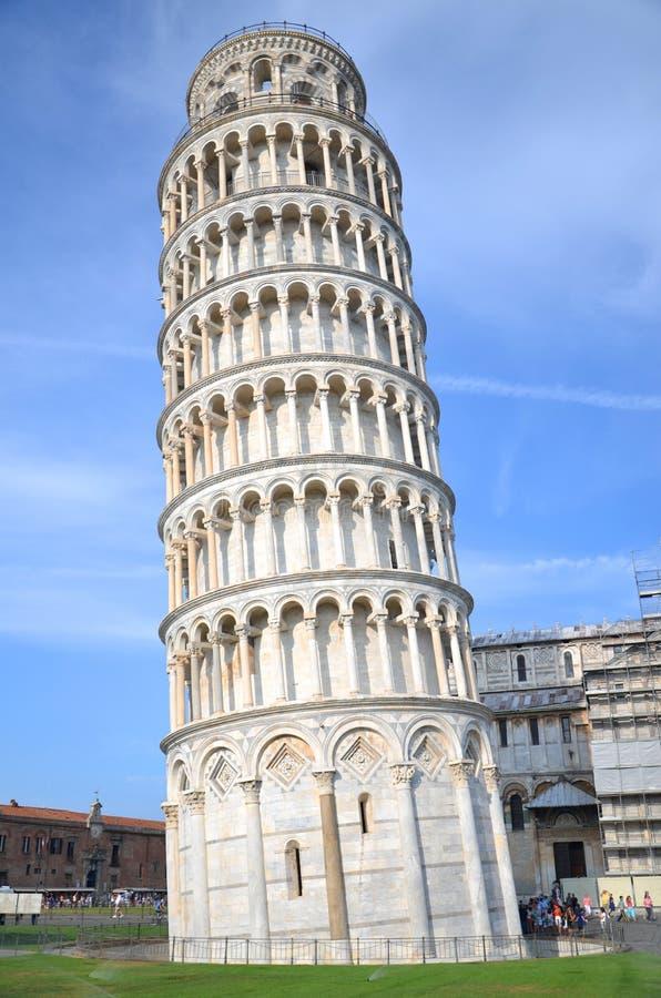 斜塔的卓著的看法在Squar的 库存照片
