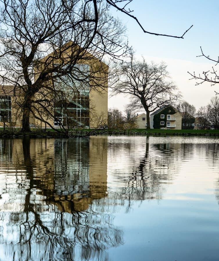 斯堪的纳维亚语冷却-奥胡斯大学校园,丹麦 免版税库存图片