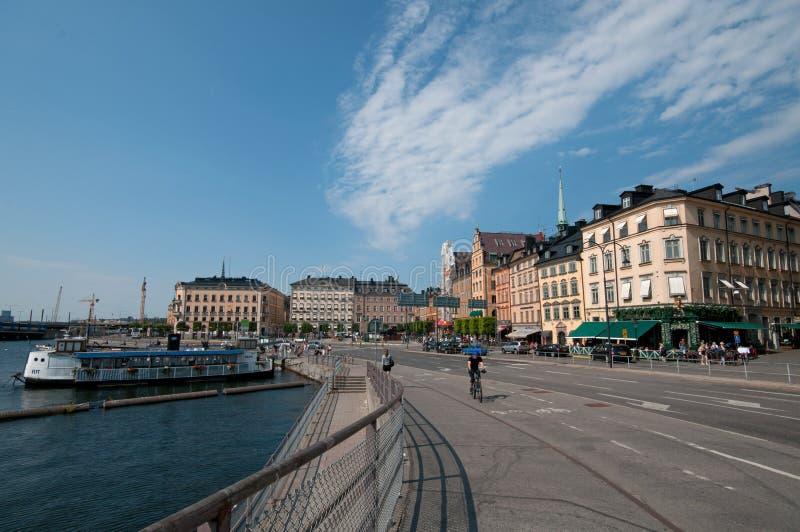 斯德哥尔摩有小船的老城镇和码头,瑞典 库存照片
