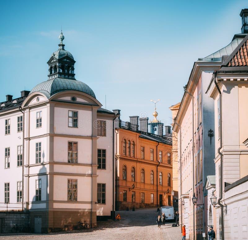 斯德哥尔摩老镇的全景  比耶亚尔斯塔视图 免版税图库摄影