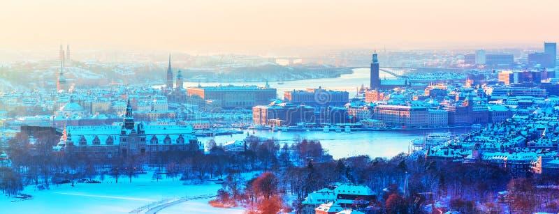 斯德哥尔摩,瑞典冬天空中全景  库存图片