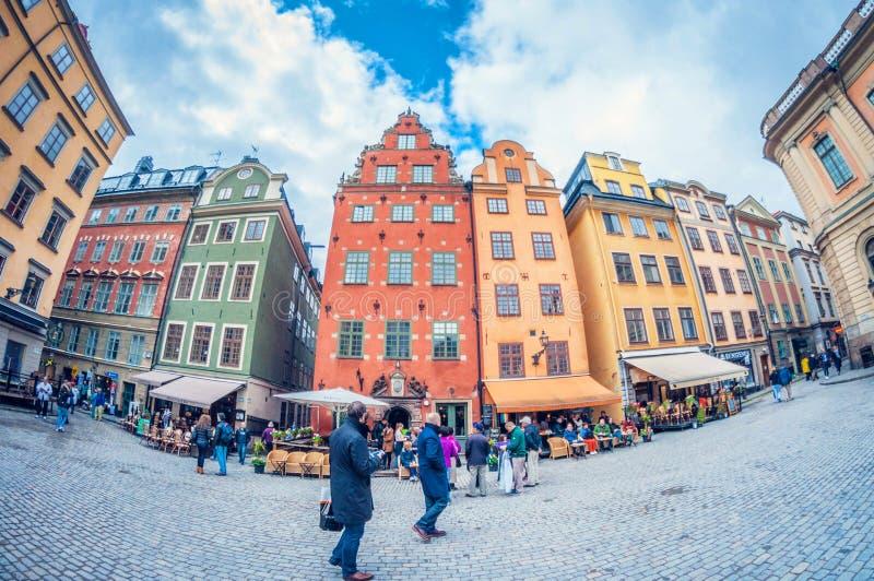 斯德哥尔摩,瑞典- 2016年5月16日:奥尔德敦在斯德哥尔摩 stan的gamla 畸变透视全天相镜头 库存照片