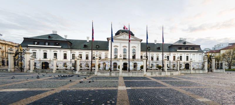 斯洛伐克总统居民楼在布拉索夫 免版税图库摄影