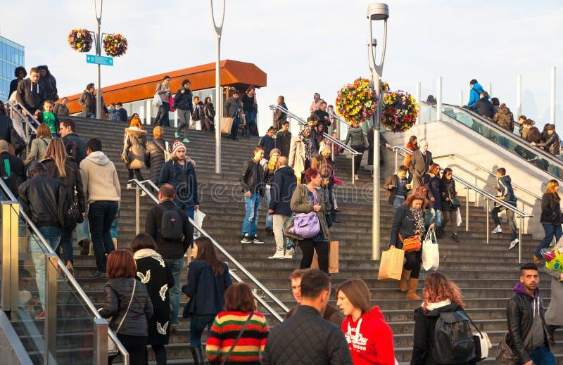 斯特拉福国际火车和地铁车站,伦敦 库存照片