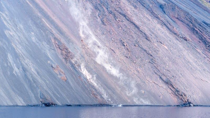 斯特龙博利岛火山岛在西西里岛,意大利 免版税库存照片