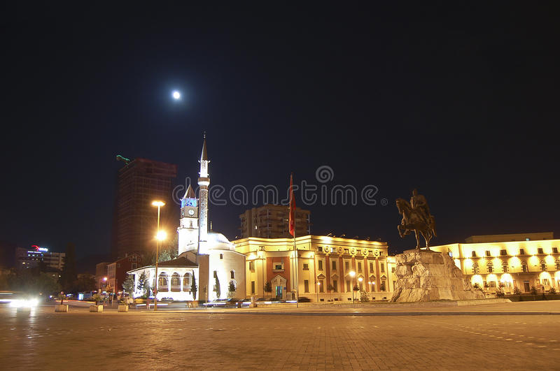 斯甘德伯广场-地拉纳-阿尔巴尼亚 库存照片